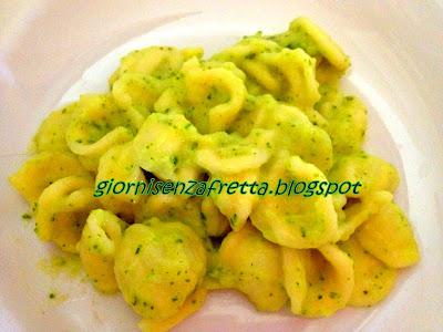 Orecchiette con pesto di zucchine