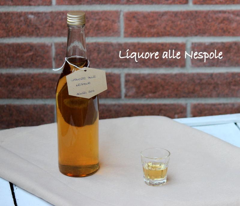 liquore alle nespole