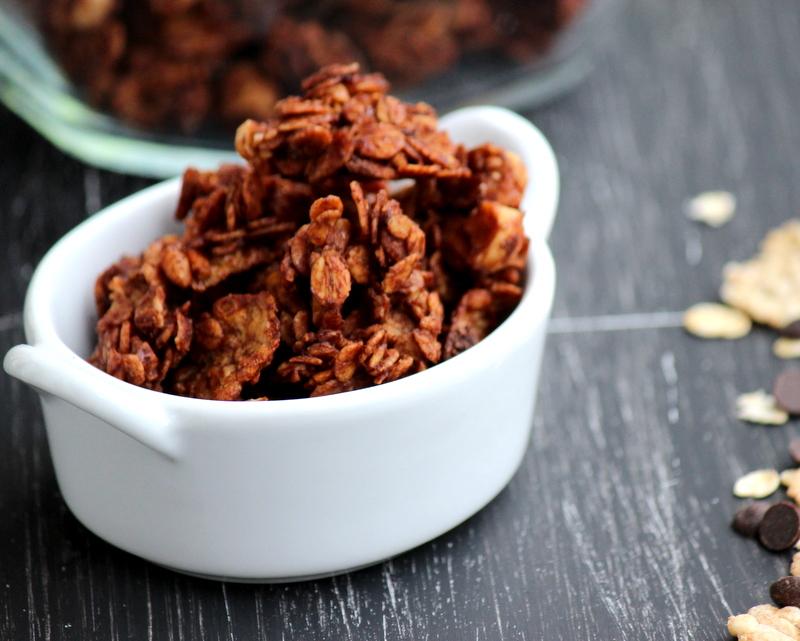 granola cioccolato e nocciole