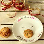 Cookies con gocce di cioccolato e riso soffiato