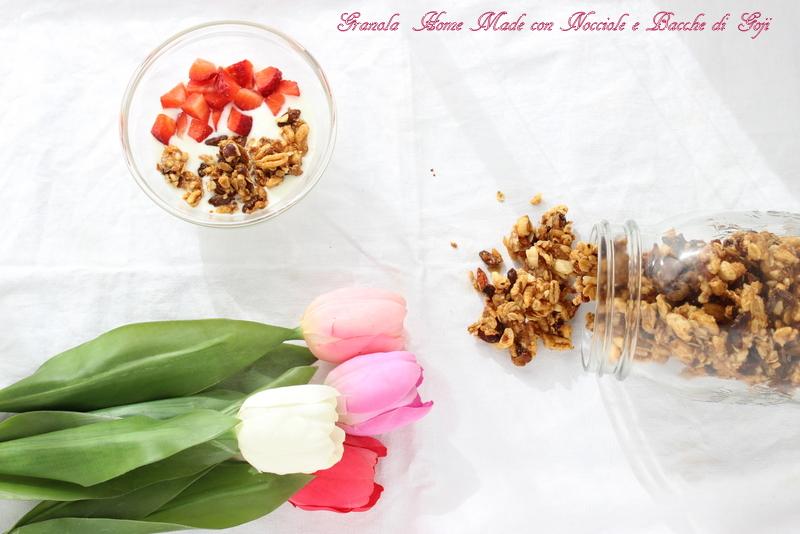 granola bacche di goji e nocciole