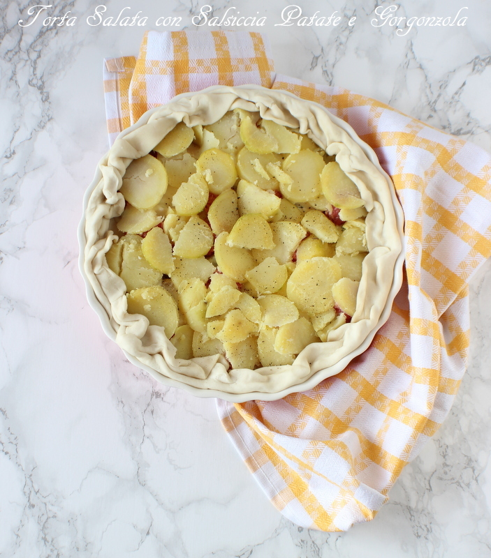torta salata salsiccia patate e gorgonzola