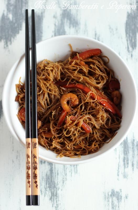 noodle con gamberetti