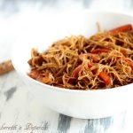 Noodle di riso con gamberetti e peperoni