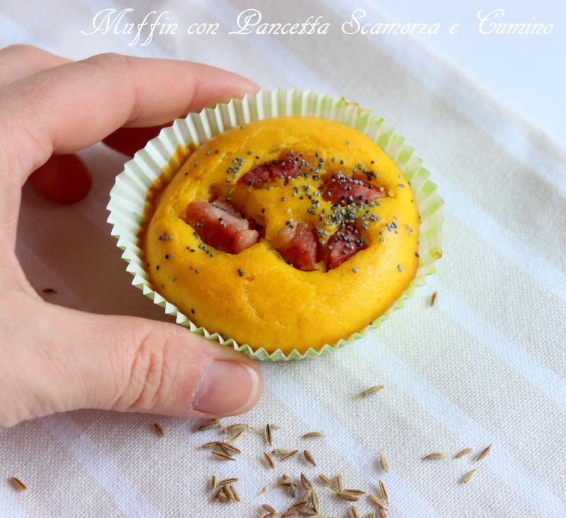muffin con pancetta e scamorza