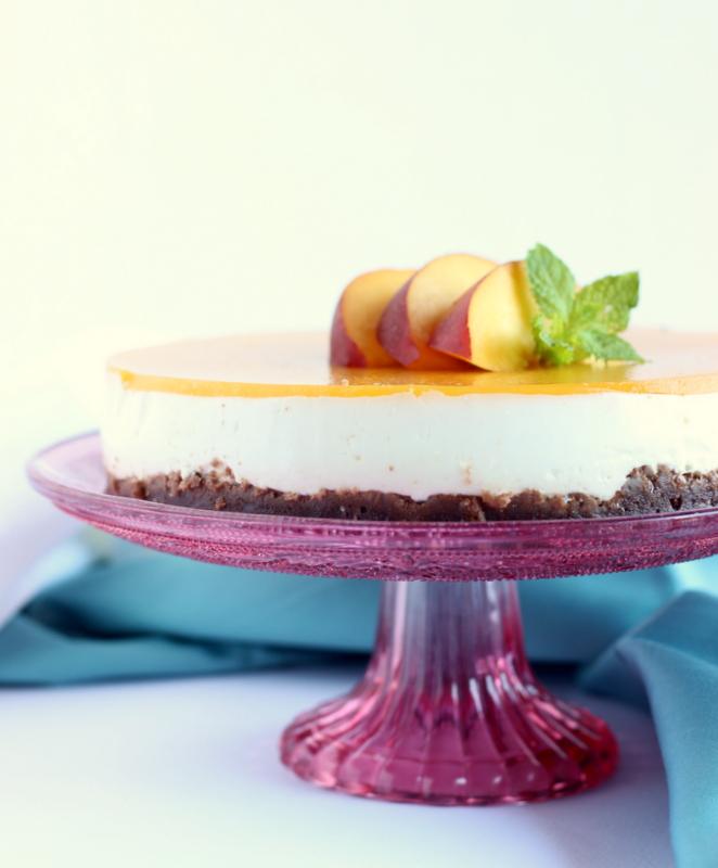 Cheesecake allo yogurt greco pesche e anice stellato