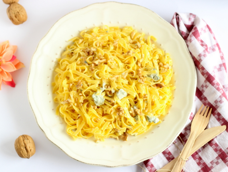 ricetta fettuccine con gorgonzola